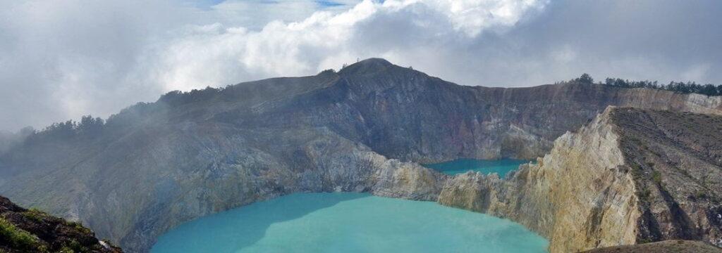 Volcanis lake in Kelimutu National Park, Indonesia