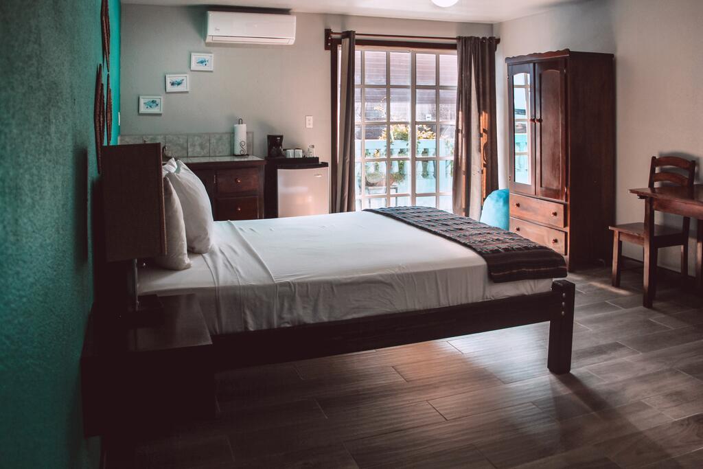 Drift Inn, San Pedro Hotel